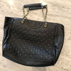 Tory Burch Quilted Tote Bag Like New Black